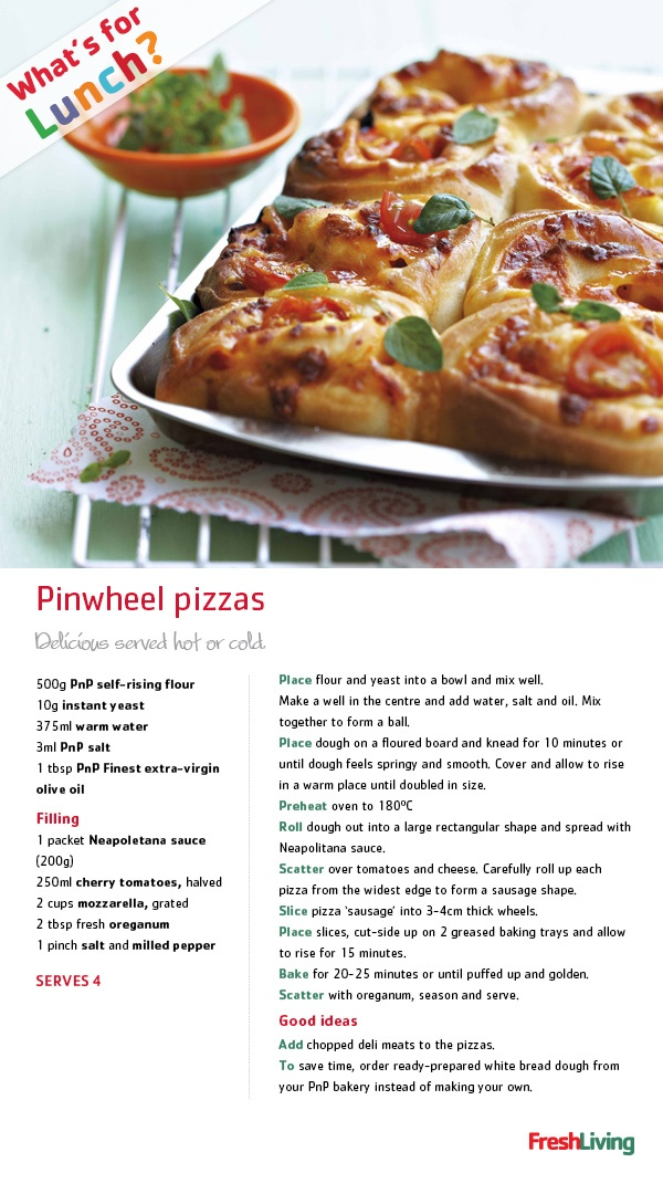 Love pizza? These bite-sized ones make awesome lunchbox treats and are easy to spruce up with fancy toppings! #dailydish #picknpay