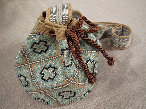 mochilas wayuu con cristales - Buscar con Google