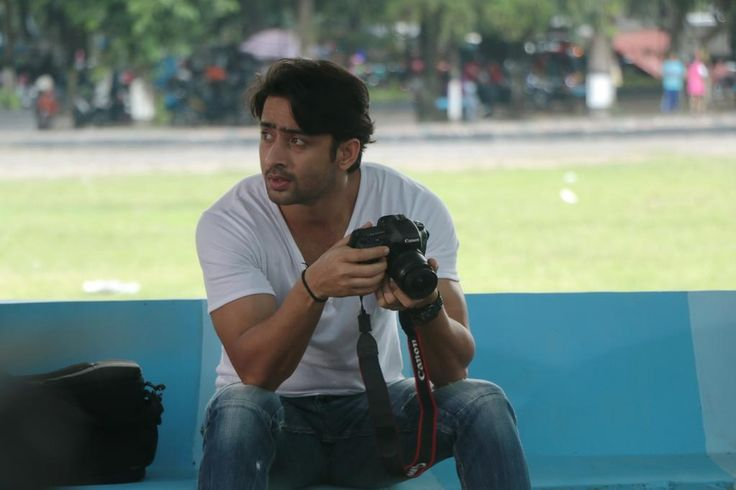 Shaheer in his movie Turis Romantis