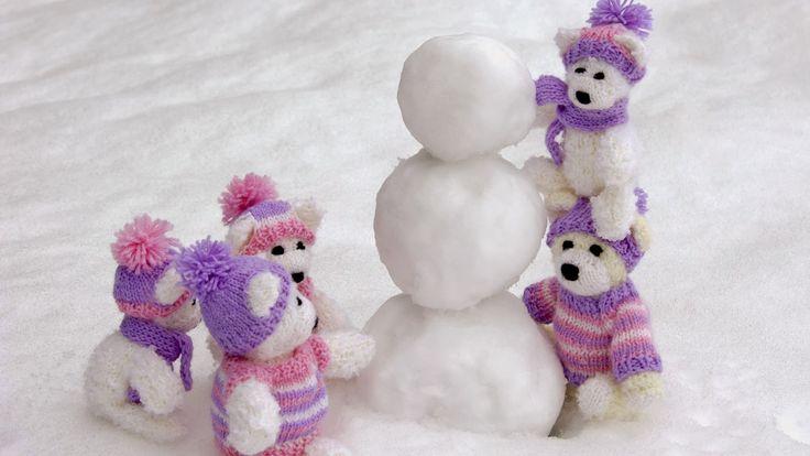 Teddy Bear with Snow Happy Teddy Bear Day 2014