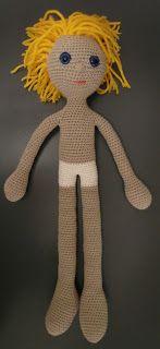 Breimaan: De poppen van Arne en Carlos (2), #haken, gratis patroon, Nederlands, amigurumi,  pop zonder kleren