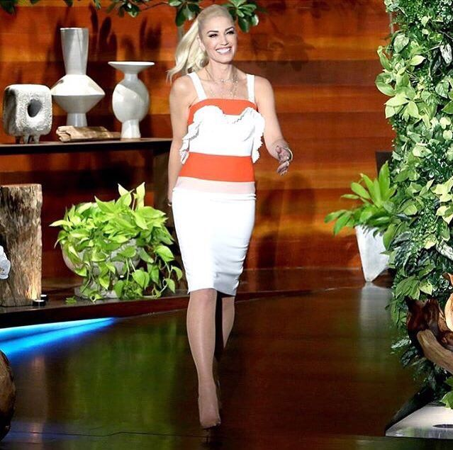 #fbf to #gwenstefani at the #ellen show today. 👱🏻♀️