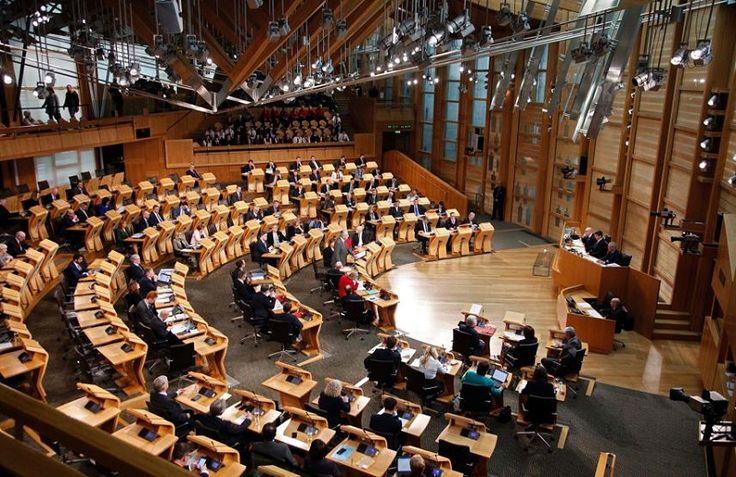 Casi tres cuartas partes de los legisladores escoceses, de todo el espectro político, se pronunciaron en contra del brexit. Y aunque no es vinculante, se trata de un hito en ...
