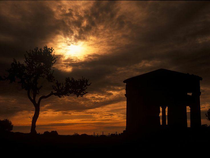 Italia. Sicilia. Agrigento, la Valle dei Templi