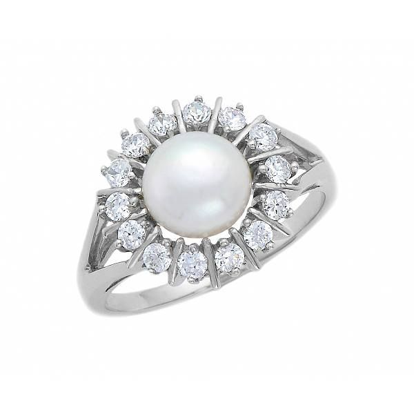 Stunning silver ring with pearl!!!