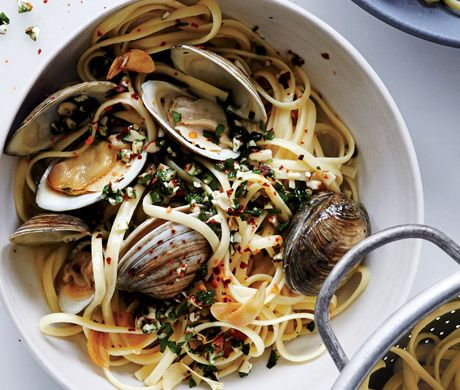 Linguine and Clams with Almonds and Herbs Recipe | Epicurious.com