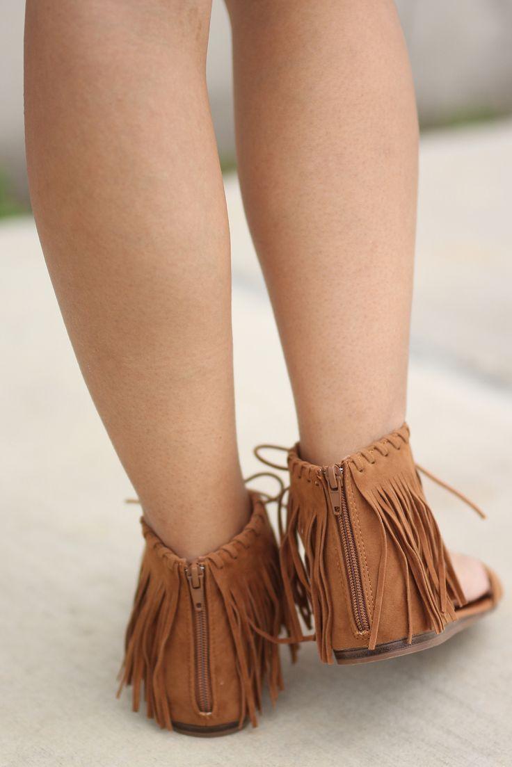 tan fringe flat sandals