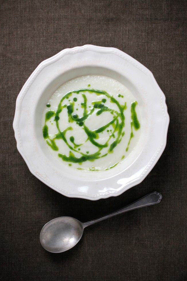 Cauliflower + Leek Soup with Parsley Oil