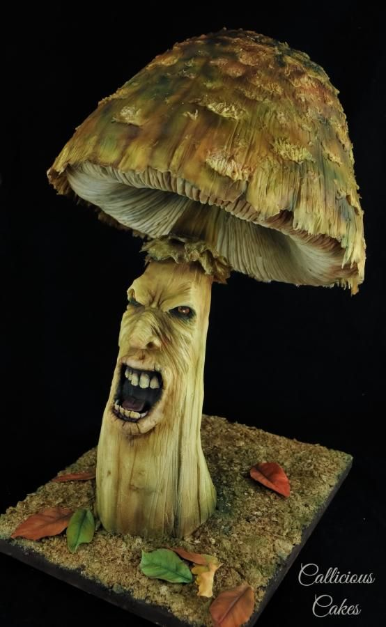Shouting Toadstool - Twisted Sugar Artists - Cake by Callicious Cakes