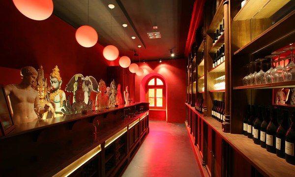 in #LangheRoero Do not miss the #Barolo Wine Museum @WimuBarolo wimubarolo.it/en/ #VisitPiemonte visits every month and kid friendly!😄 https://t.co/VbU3uN9pna