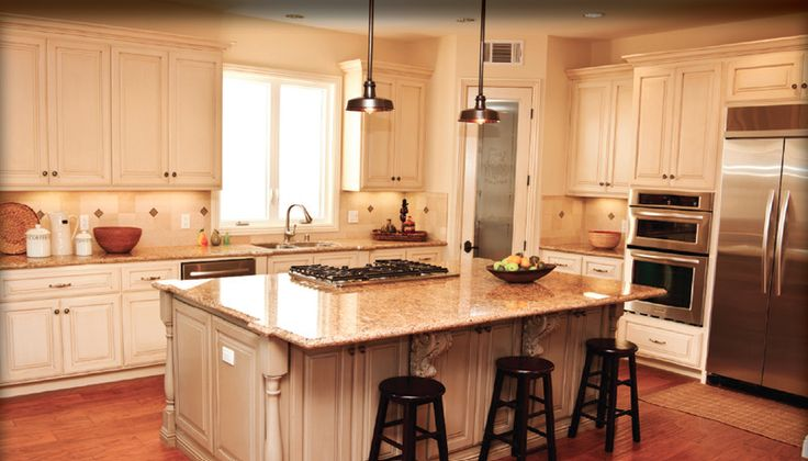 Kitchen With Sit Down Island With Cook Top If Youd Like