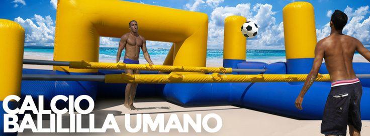 Un'estate piena di divertimento con i gonfiabili Jumpable. Calcio balilla umano.