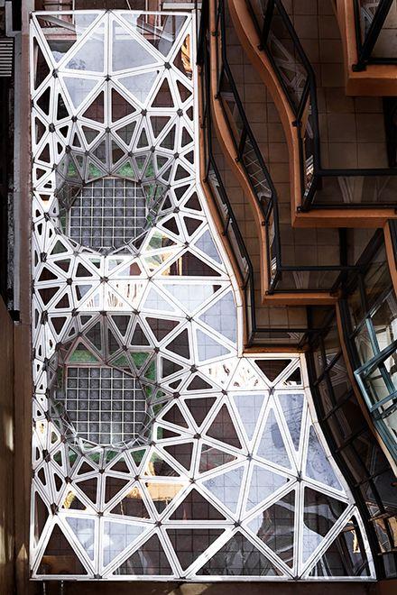 urban future - mimimum tension roof
