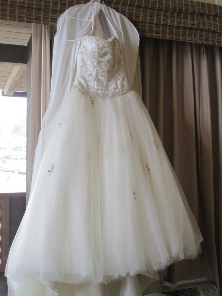 133 best wedding dress images on Pinterest | Bridal gowns, Wedding ...