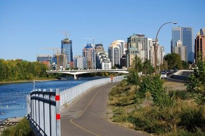 Get outside and ride your bike this weekend while the nice fall weather lasts. @NB Calgary #avenuecalgary