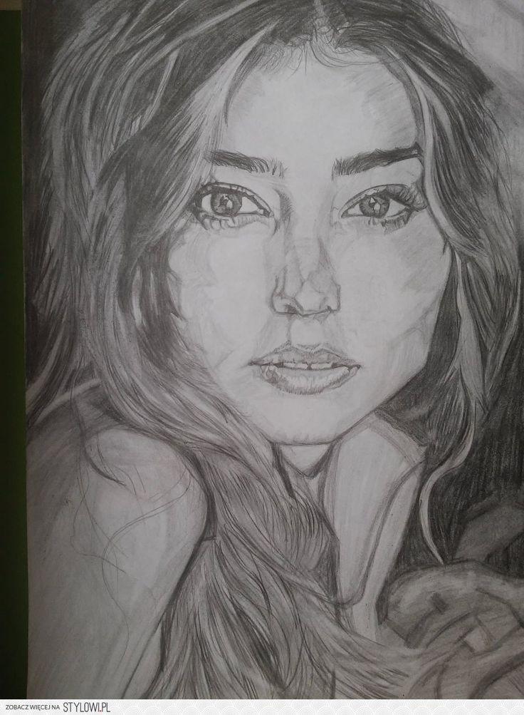 Miranda Kerr https://instagram.com/anna_bella_7a/