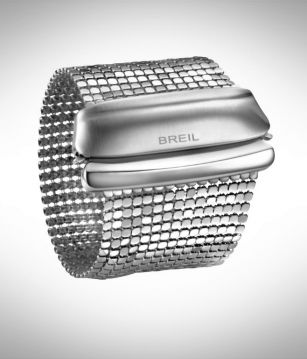 Awesome bracelet from the brand Breil, made of Steel Silk. For the elegant look!