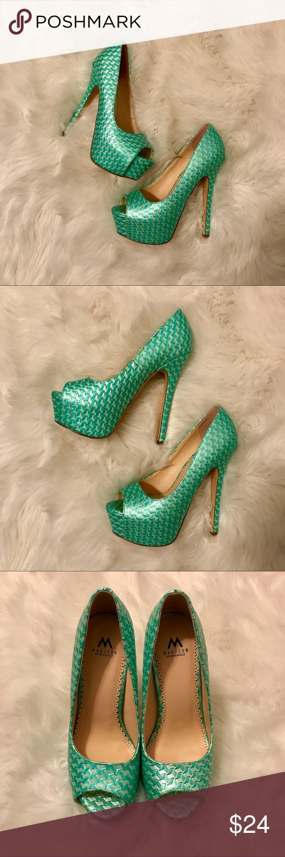 ShoeDazzle Turquoise/Seafoam Green Peep Toe Pumps ShoeDazzle Turquoise/Seafoam Green Peep Toe Pumps Shoe Dazzle Shoes Platforms