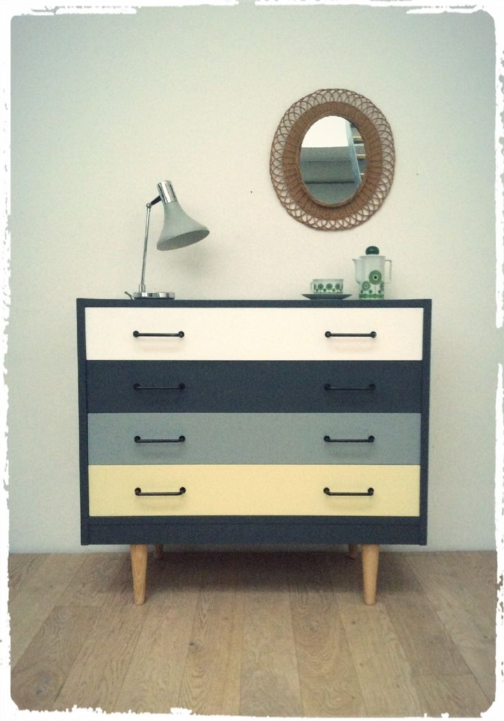 grande commode vintage revisit e via oompa click on the. Black Bedroom Furniture Sets. Home Design Ideas