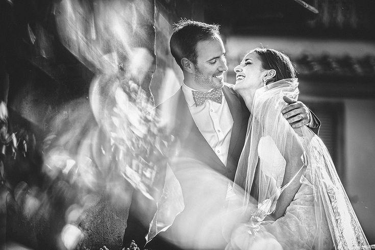 """Эмоциональный портрет невесты и жениха для родителей """"в рамочку"""" + эффект вуали впереди. Автор: Andrea Cittadini ,Perugia, Italy"""