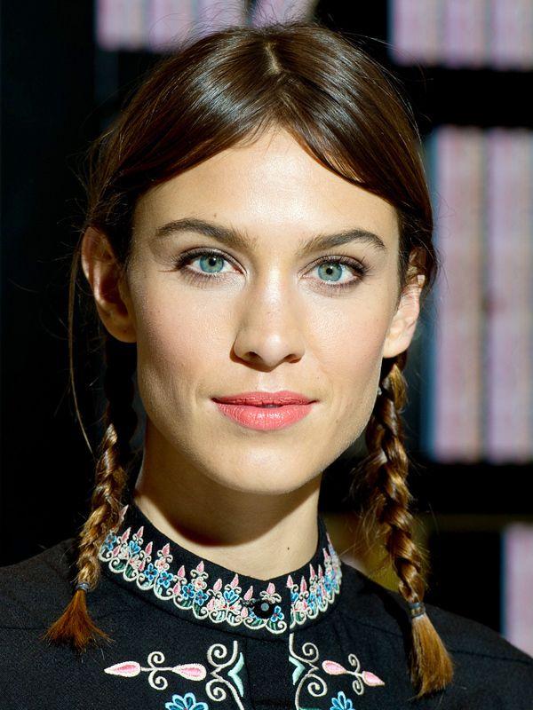 Почему бы и нет: 23 укладки с косами для коротких волос | Бьюти-тренды | Тенденции в мире красоты: модный макияж, прически и аксессуары | Allure.ru