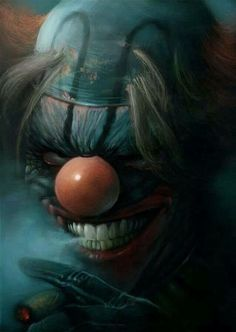 reminds me of the clown from spawn...