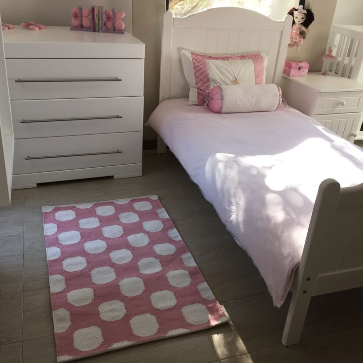 Candipop rugs in 3 sizes