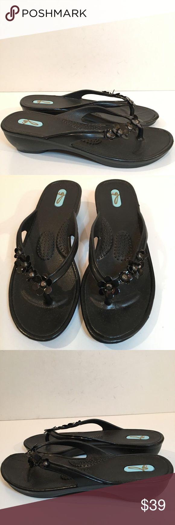 New Oka B Sandles Size M 7-8 Floral Flip Flops. #shopmycloset #poshmark #fashion #shopping #style #forsale #OKA b. #Shoes