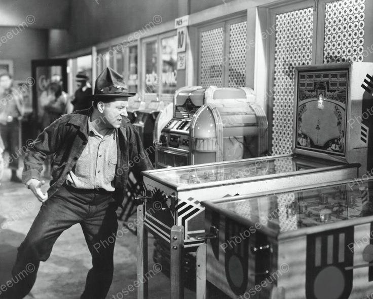 Arcade 1950s Jukebox Woodrail Pinball Machines Vintage