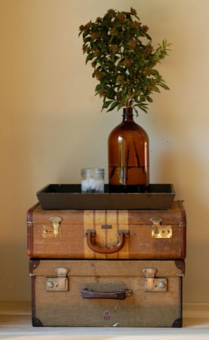 les 20 meilleures id es de la cat gorie valise vintage sur pinterest valise d cor table. Black Bedroom Furniture Sets. Home Design Ideas