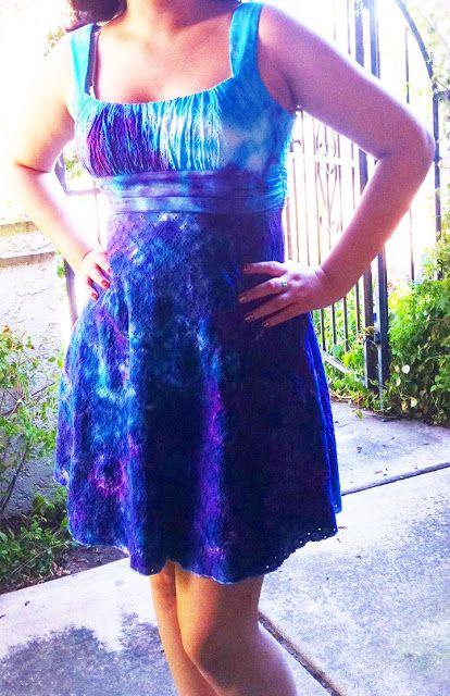 iLoveToCreate Blog: MAYA IM MOMENT TEEN CRAFT: Flaschenverschluss gefärbtes Kleid   – Dyeing