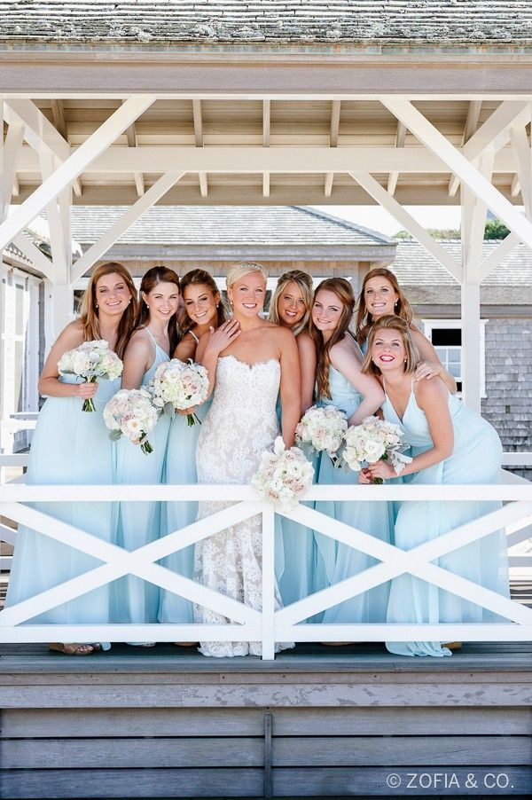 Lovely Coastal Nantucket Wedding | http://classicbrideblog.com/2015/04/lovely-coastal-nantucket-wedding.html/ Image by Mark Crosby, of Zofia & Co.