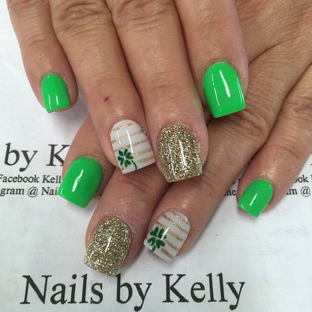 gold and green St Patrick's day nail art