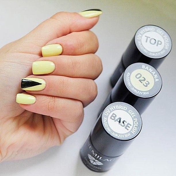 #paznokcie #manicure #hybrydy #inspiracje #nails #patamaluje #patabloguje #nailsart #semilac #hybrid #triangle #banana #uv #hard #squared #top #base #diamondcosmetics #ilovesemilac #pattern #black #summer #pastel #pure #juicy