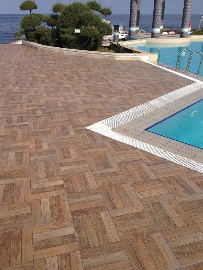 M s de 25 ideas incre bles sobre azulejos de piscina en - Pavimento exterior antideslizante ...