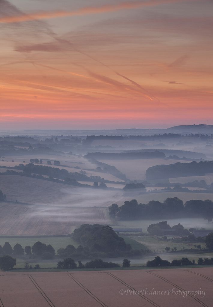 https://flic.kr/p/wzVet9 | I live for these moments | Just before dawn in the Pewsey vale. Taken on Saturday morning