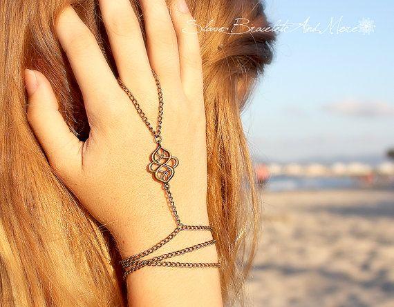 Slave bracelet hand keten armband hand stuk gebogen middengedeelte boho chique bohemien hippie vintage hand lichaam sieraden