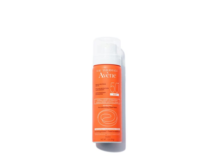 EAU THERMALE AVèNE Ultra-Light Hydrating Sunscreen Lotion Spray SPF 50 for Body | @violetgrey