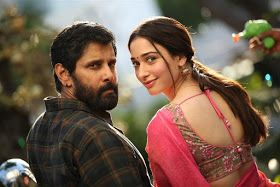#Kollywood #ChiyaanVikram #Vikram and #Tamannaah's #sketch movie hd stills here --->>> https://goo.gl/DSUD7p
