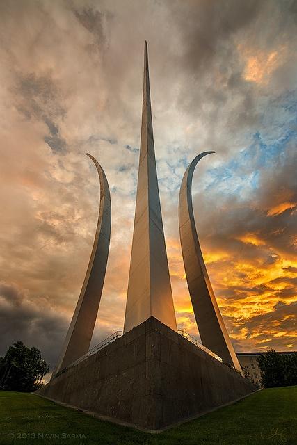 Air Force Memorial.  Remembering and Honoring the Heroes of 9-11-2001