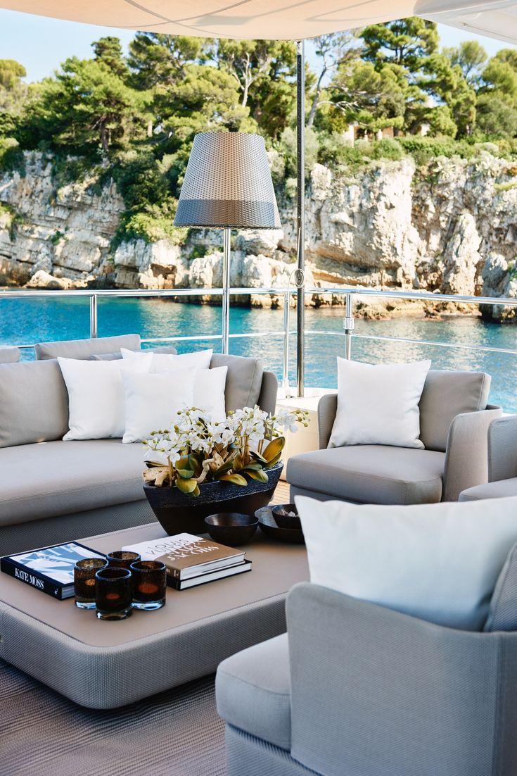 France / Antibes / Yacht / Ferretti / Deck / Eric Kuster / Metropolitan Luxury
