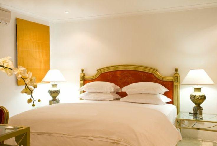 The Grandé Roche Hotel: http://www.luxuryinsouthernafrica.com/property/Grande-Roche-Hotel_a03b0000000ylTTAAY?src=globalsearch