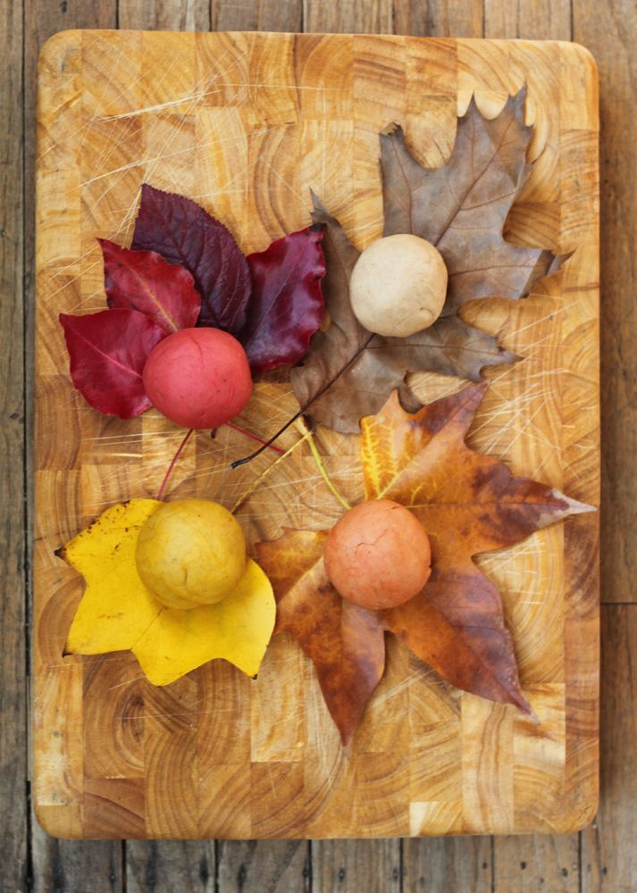 Autumnal Playdough - wouldn't this make a wonderful invitation for little people. Coupled with a basket of leaves and other autumn natural treasures...very inviting