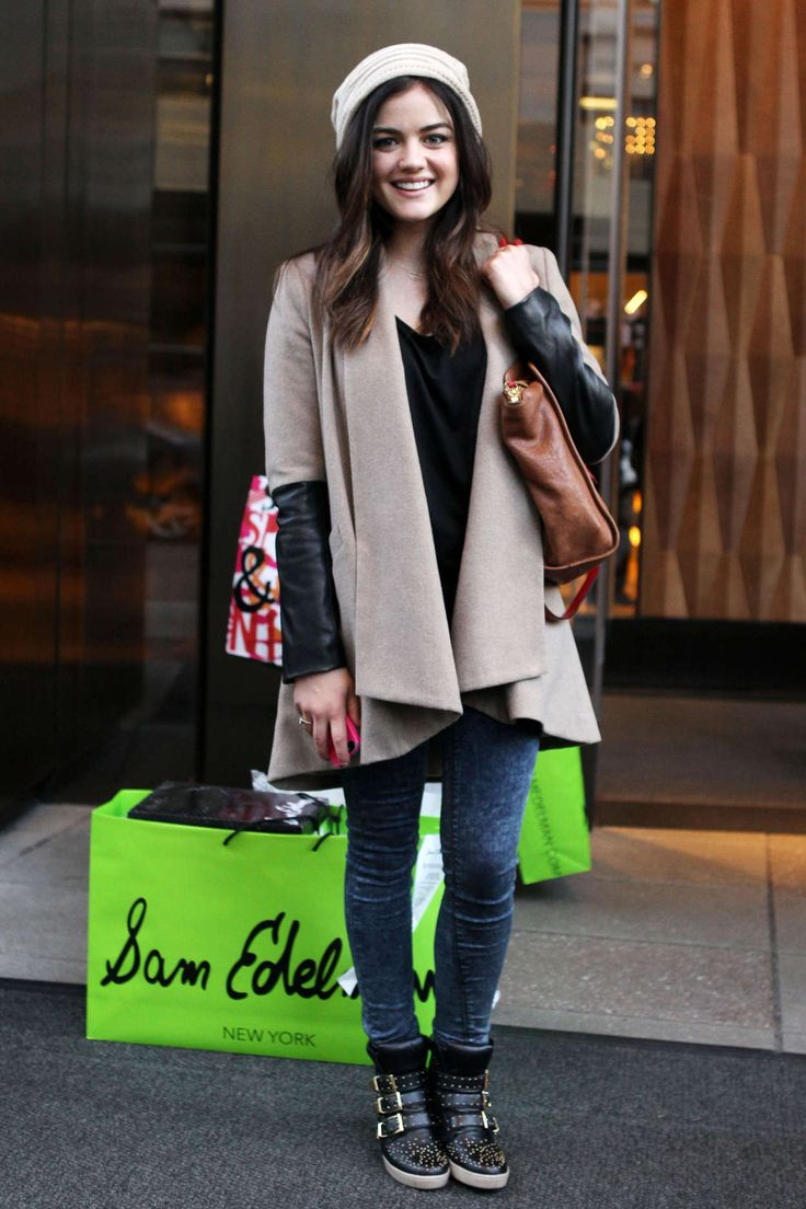 Lucy Hale style, I love it !