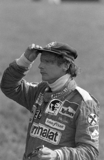 Sieger und Tragödien: Erinnerungen an 50 Jahre Formel 1 in Österreich - Sieger und Tragödien: Erinnerungen an 50 Jahre Formel 1 in Österreich. Im Bild: Niki Lauda. Mehr dazu hier: http://www.nachrichten.at/sport/formel1/Sieger-und-Tragoedien-Erinnerungen-an-50-Jahre-Formel-1-in-Oesterreich;art105,1415971 (Bild: Schaadfoto/WEREK)