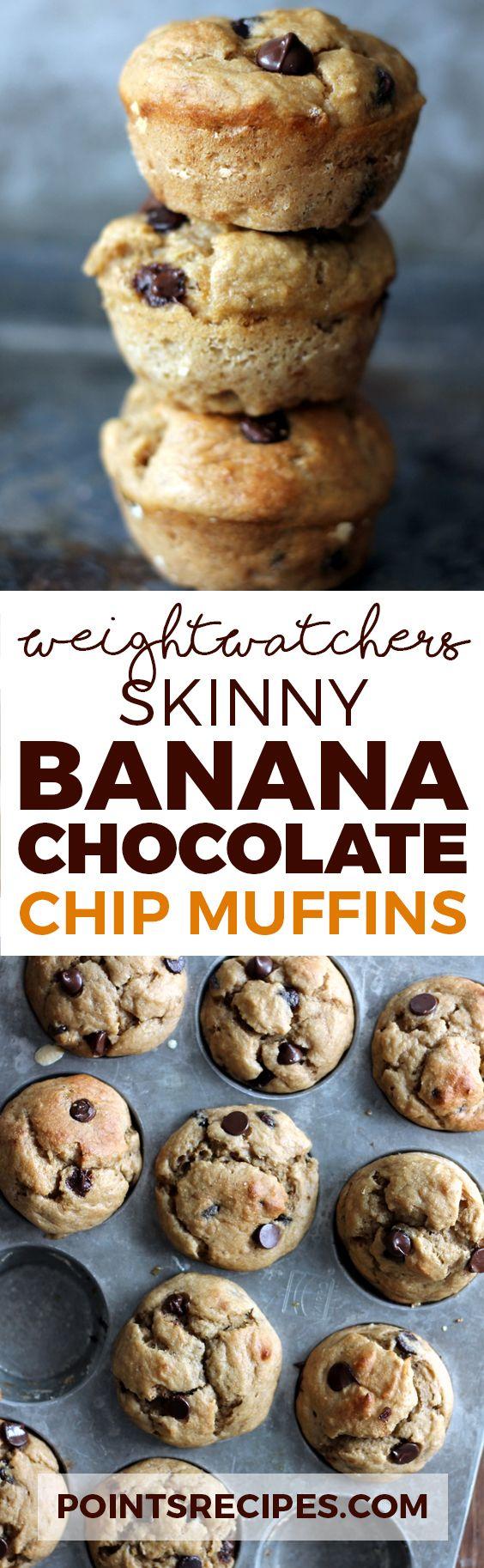 30 minute Skinny Banana Chocolate Chip Muffins (Weight Watchers SmartPoints)