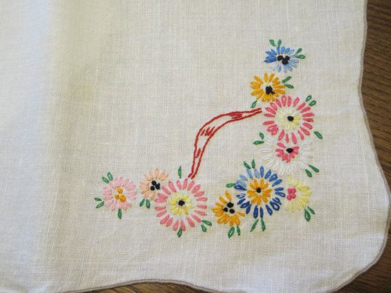 Vintage Placemat Set Embroidered by lizandjaybooksnmore on Etsy