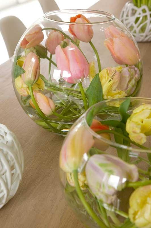 Pretty & unique tulip arrangement