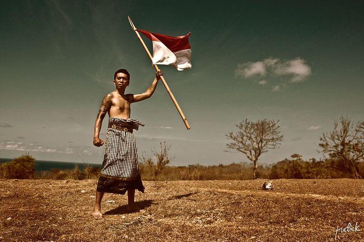 27 Pahlawan Sosial Indonesia yang Patut Untuk Ditiru - Sumber Gambar deviantart,com