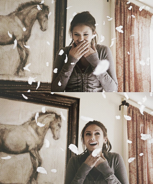 When Bonnie shows Elena she's a witch for the first time. Elena Gibert ~ Season 1 ~ The Vampire Diaries.